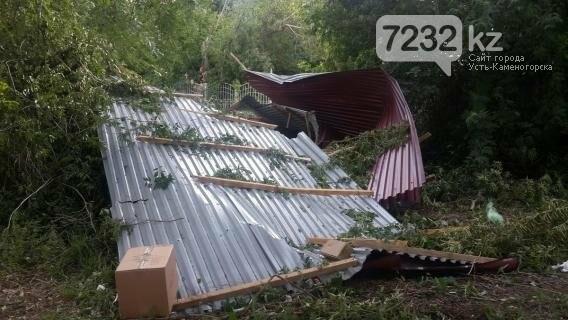 В Усть-Каменогорске бушевал ураган (ФОТО, ВИДЕО), фото-11